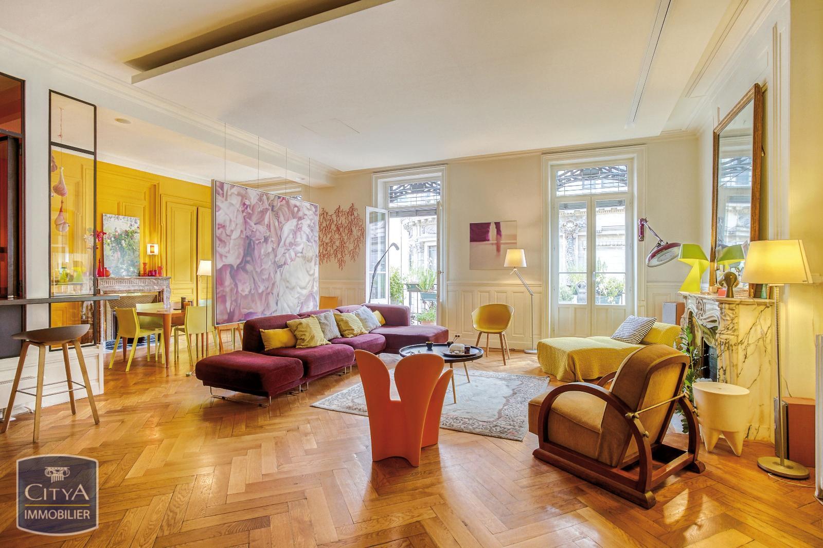 Appartement 6 pièces 170 m²