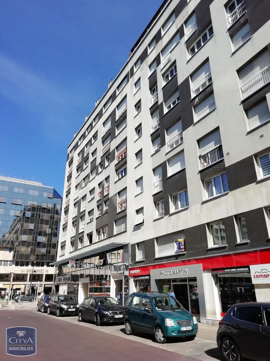 Local 98 m²