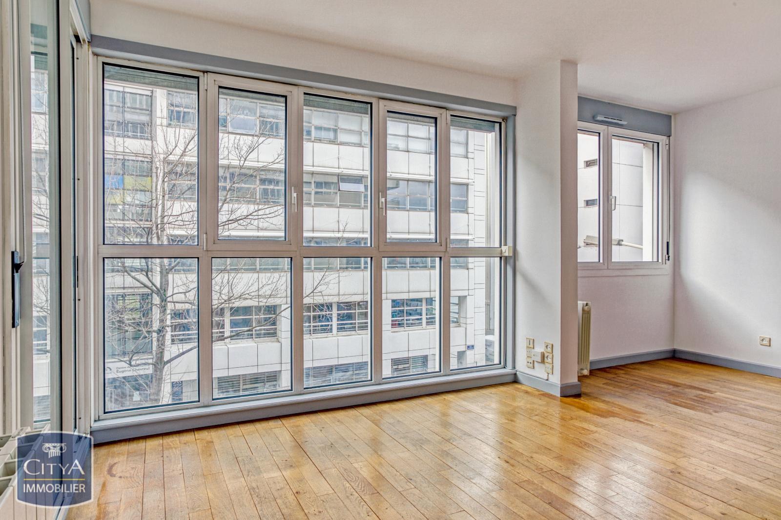 Appartement 2 pièces 57 m²