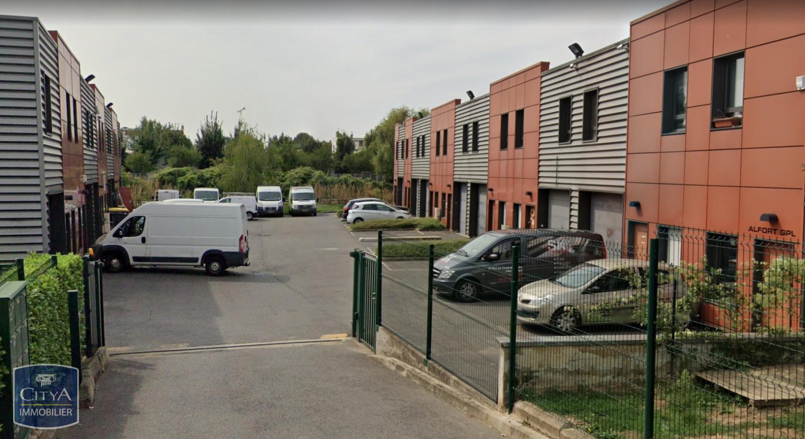 168 m²